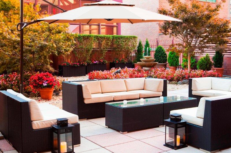 Sheraton LaGuardia East Hotel-Terrace<br/>Image from Leonardo
