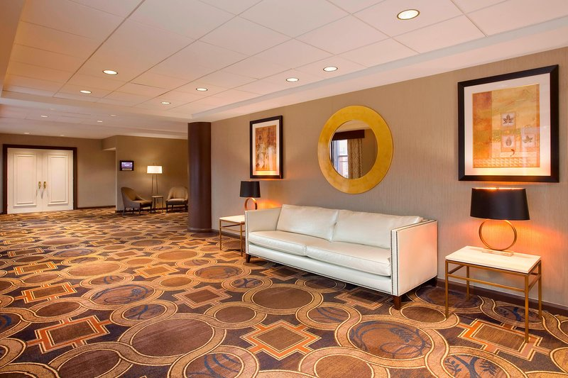 Sheraton LaGuardia East Hotel-Phoenix Ballroom - Pre-Function Area<br/>Image from Leonardo