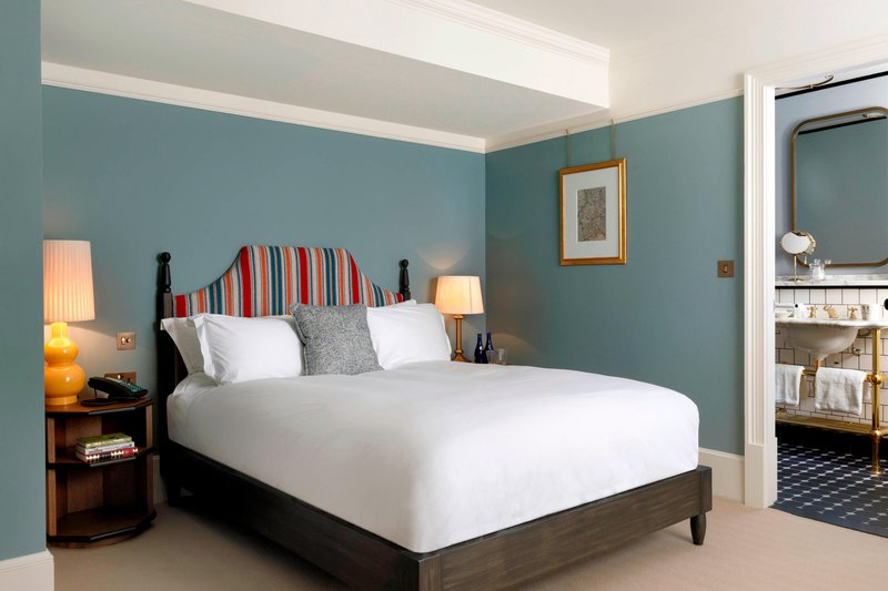 University Arms Hotel, Autograph Collection-Classic Queen Guest Room<br/>Image from Leonardo