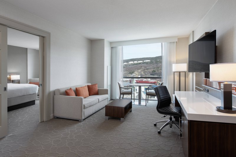 Delta Hotels by Marriott St John's Conference Centre-Whirlpool Suite - Living Area<br/>Image from Leonardo