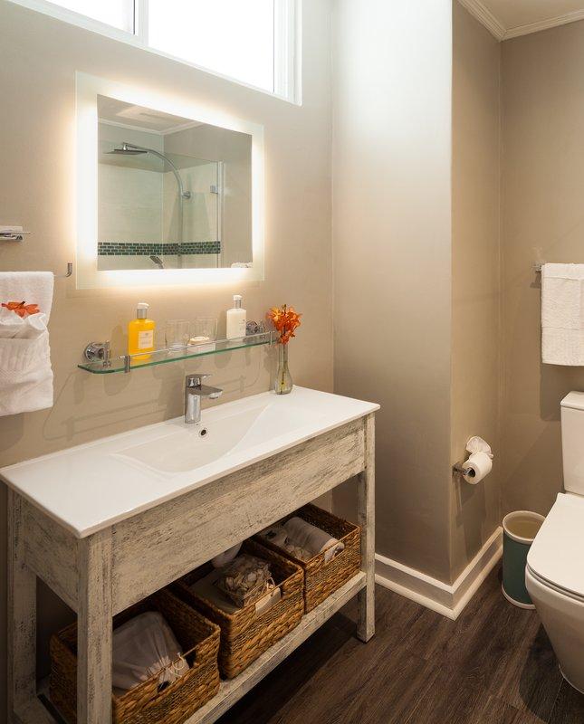 Sea Breeze Beach House-Classic Collection Bathroom Vanity<br/>Image from Leonardo