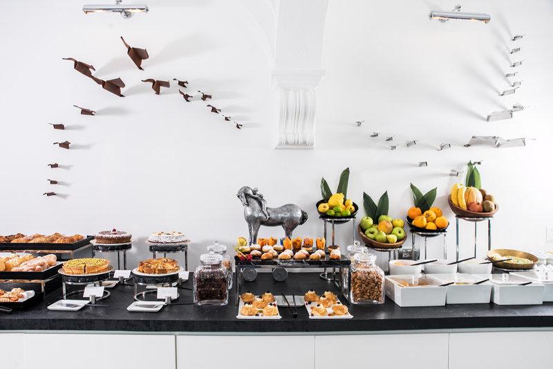 Hotel Villa Franca Positano-Breakfast<br/>Image from Leonardo