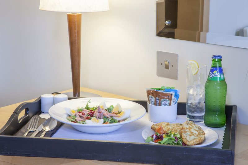 Holiday Inn Rochester - Chatham-Room Service<br/>Image from Leonardo