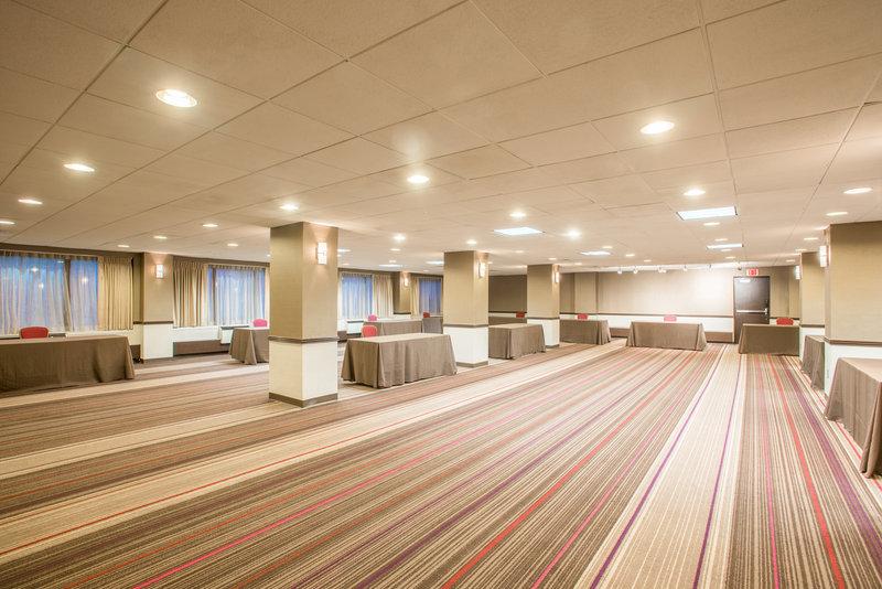 Crowne Plaza Danbury-Amethyst Meeting Room<br/>Image from Leonardo