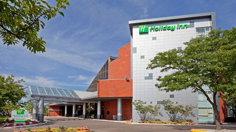 Holiday Inn Oakville Centre-Go for a stroll, close to downtown Oakville<br/>Image from Leonardo