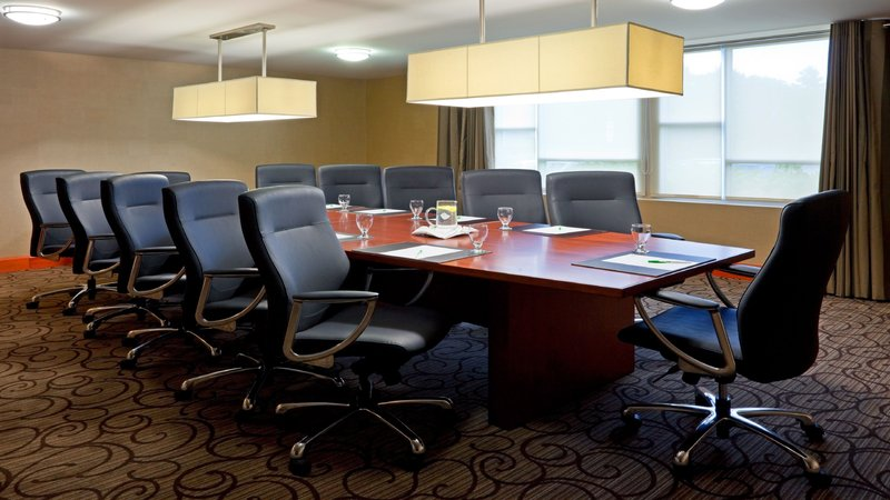 Holiday Inn Oakville Centre-Impress your clients in one of our Executive Board Rooms<br/>Image from Leonardo