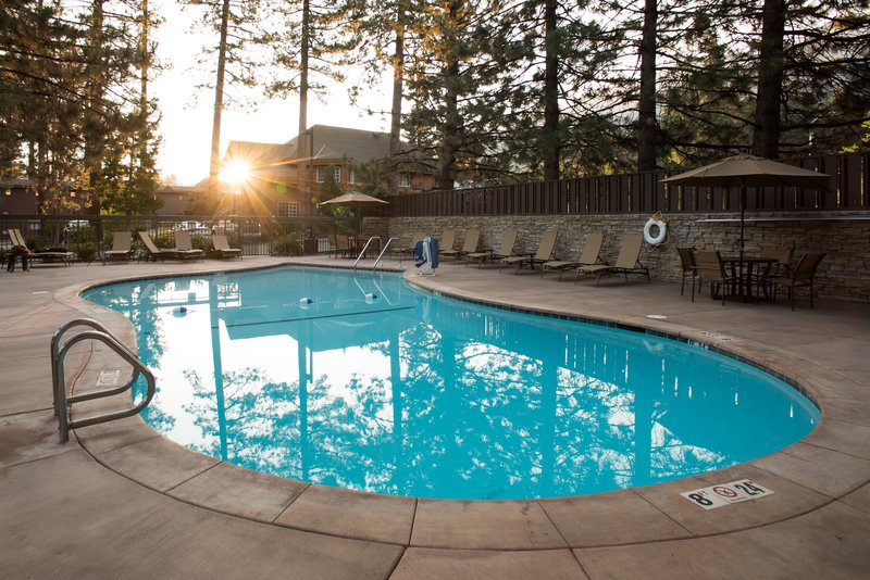Holiday Inn Express South Lake Tahoe-Swimming Pool<br/>Image from Leonardo
