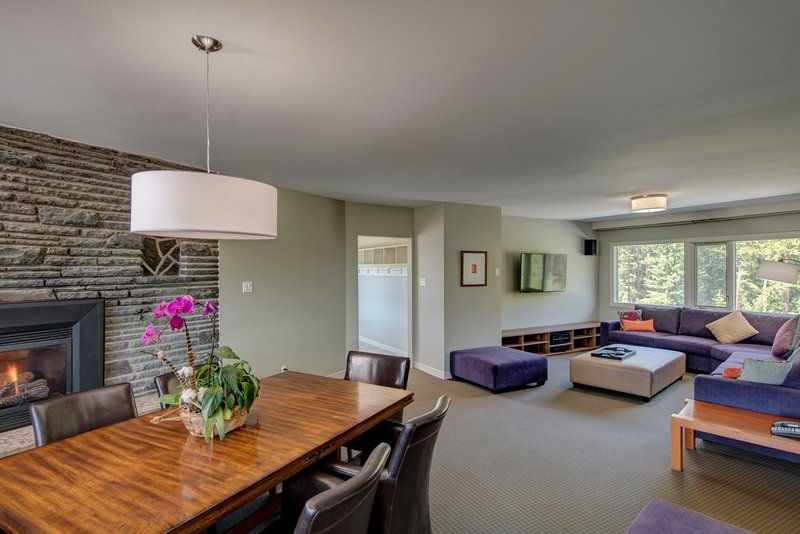 Juniper Hotel & Bistro-3 Bedroom Suite Dining / Living Room<br/>Image from Leonardo