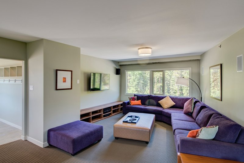 Juniper Hotel & Bistro-3 Bedroom Suite Living Room<br/>Image from Leonardo