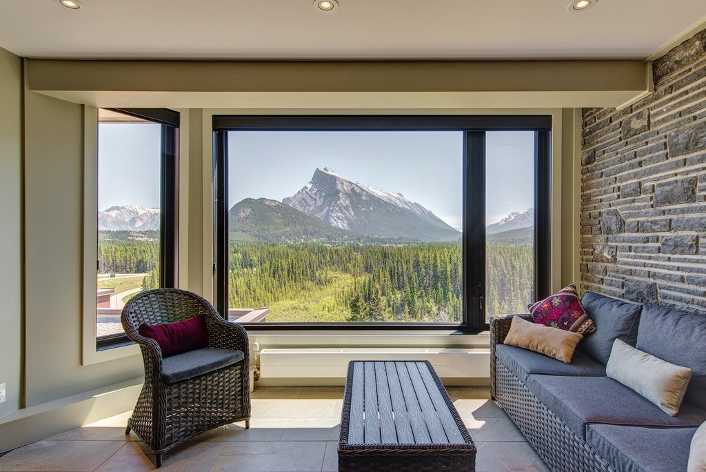 Juniper Hotel & Bistro-3 Bedroom Suite Sunroom<br/>Image from Leonardo