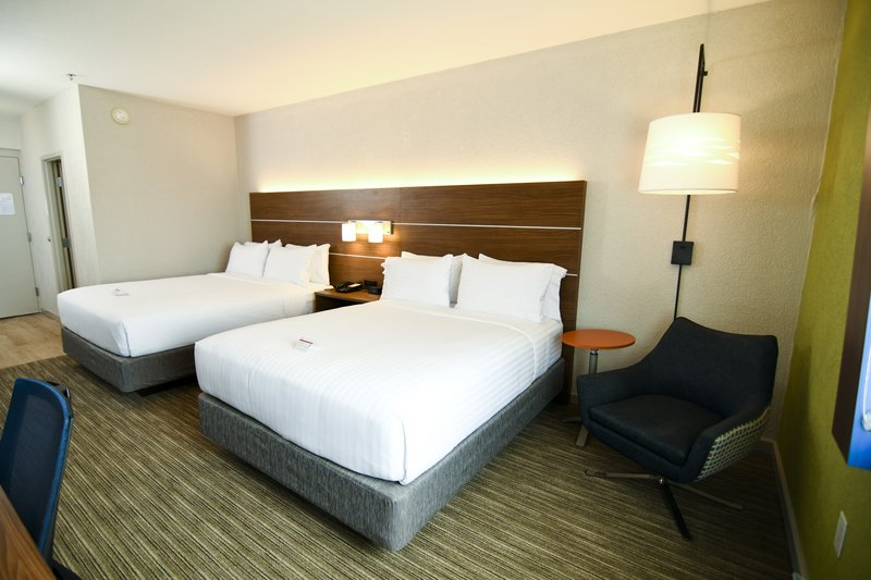 Holiday Inn Express & Suites Port Clinton - Catawba Island-Guest Room Queen Beds<br/>Image from Leonardo