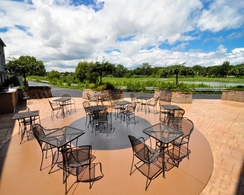 Holiday Inn Express & Suites Port Clinton - Catawba Island-Guest Patio<br/>Image from Leonardo