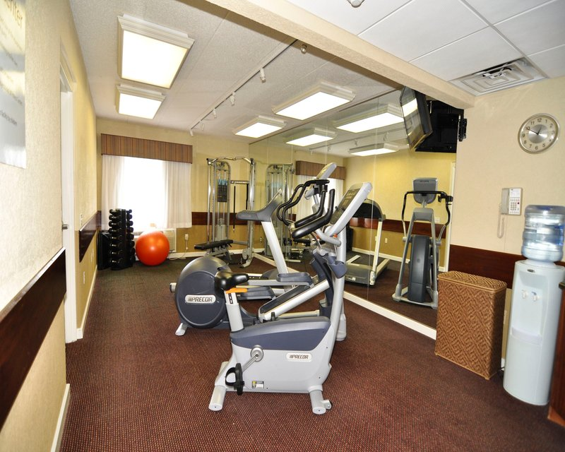 Holiday Inn Express & Suites Port Clinton - Catawba Island-Fitness Center<br/>Image from Leonardo