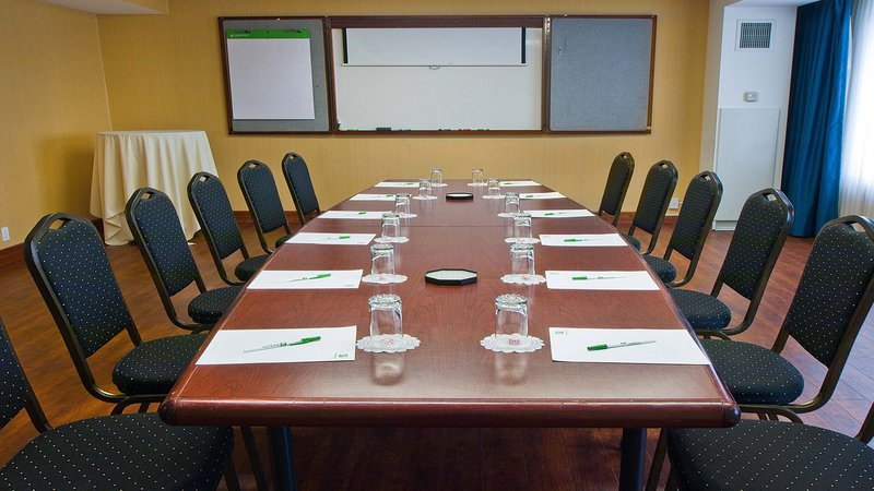Holiday Inn Buffalo International Airport-Perfect place for your next Buffalo meeting.<br/>Image from Leonardo
