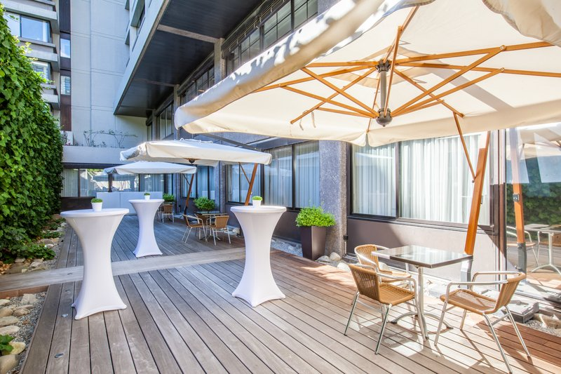Crowne Plaza Geneva-Events Terrace for cocktails and receptions<br/>Image from Leonardo