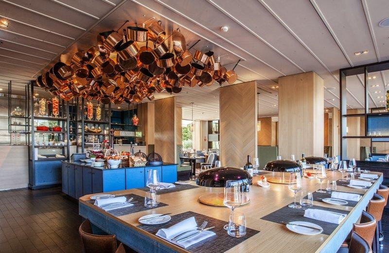 Crowne Plaza Geneva-Seventy5 restaurant<br/>Image from Leonardo