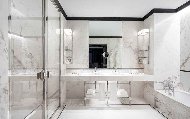 Maison Albar Le Monumental Palace-Suite Affolante Bathroom<br/>Image from Leonardo