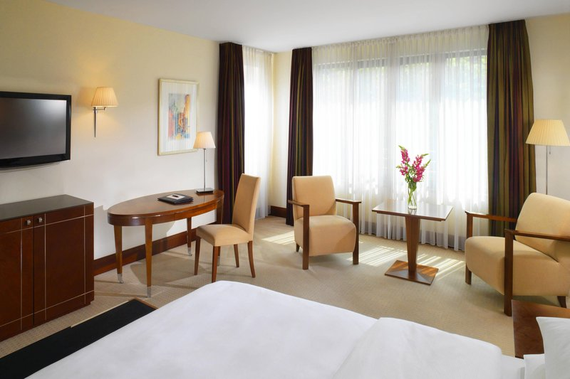 Sheraton Carlton Hotel Nuernberg-Executive Room<br/>Image from Leonardo