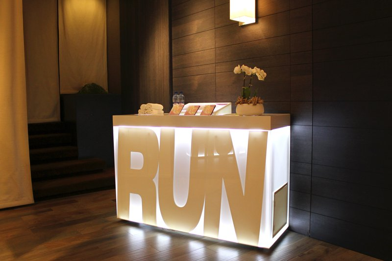 Crowne Plaza Geneva-Energy Station with jogging trails map and water<br/>Image from Leonardo