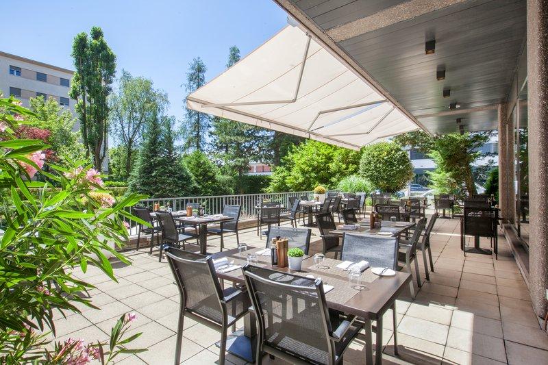 Crowne Plaza Geneva-Terrace Seventy5 restaurant<br/>Image from Leonardo
