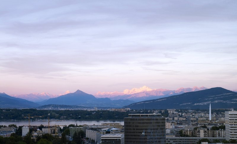 InterContinental Geneve-Enjoy the View of Geneva, the Lake and Mountains at Sunset<br/>Image from Leonardo