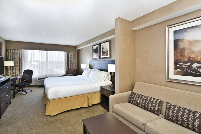 Holiday Inn Express & Suites Kingston-King Studio Suite<br/>Image from Leonardo