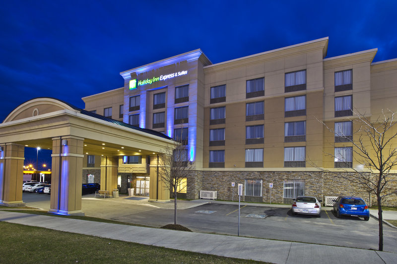 Holiday Inn Express & Suites Kingston-A view of our hotel in the evening<br/>Image from Leonardo