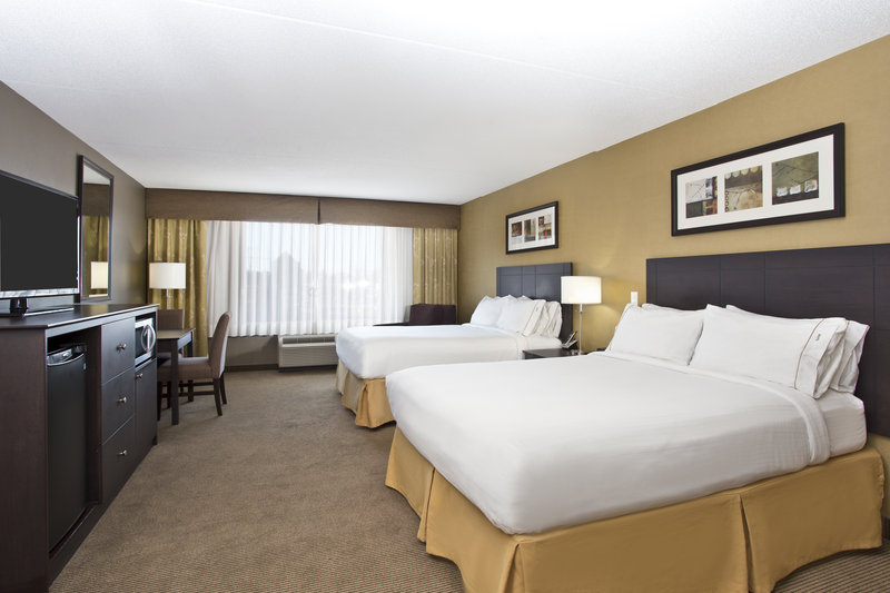 Holiday Inn Express & Suites Kingston-ADA/Handicapped accessible Two Queen Guest Room<br/>Image from Leonardo