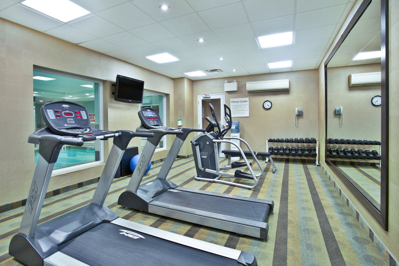Holiday Inn Express & Suites Kingston-Work out in our well-equipped Fitness Center<br/>Image from Leonardo