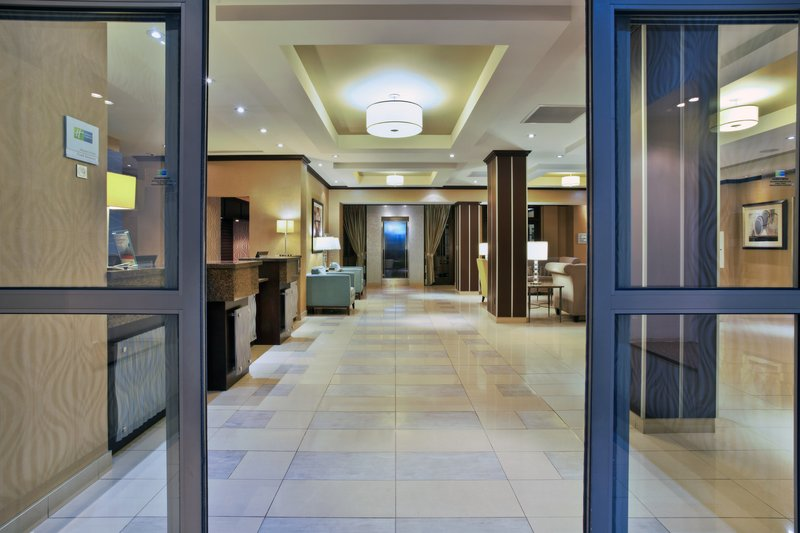 Holiday Inn Express & Suites Kingston-Our inviting Hotel Entrance<br/>Image from Leonardo
