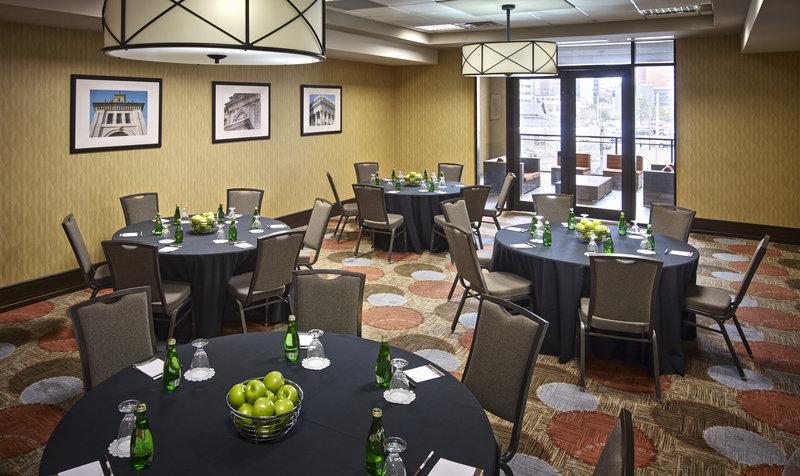 Staybridge Suites Hamilton - Downtown-Canadian Room, 800 Square Feet<br/>Image from Leonardo