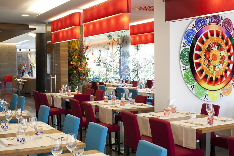 Crowne Plaza Verona Fiera-Restaurant<br/>Image from Leonardo