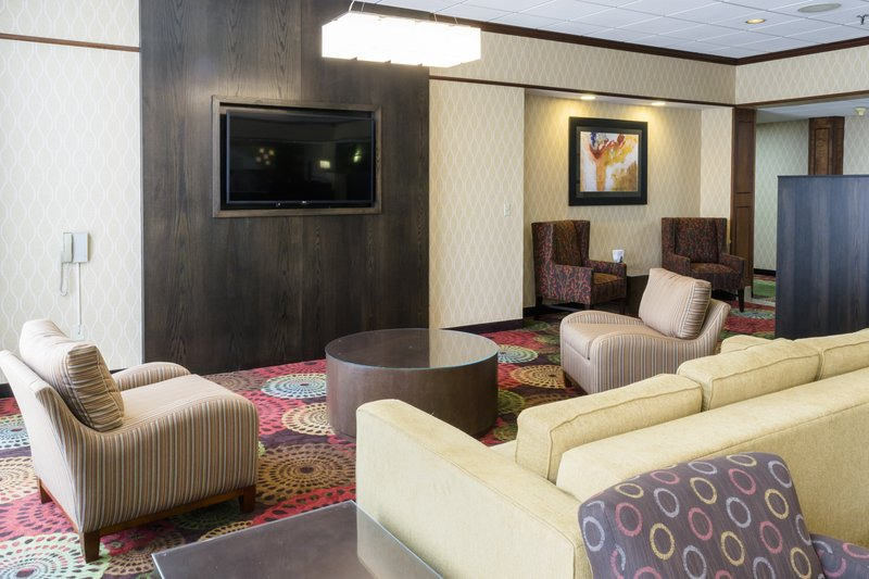 Holiday Inn Big Rapids-Hotel Lobby<br/>Image from Leonardo