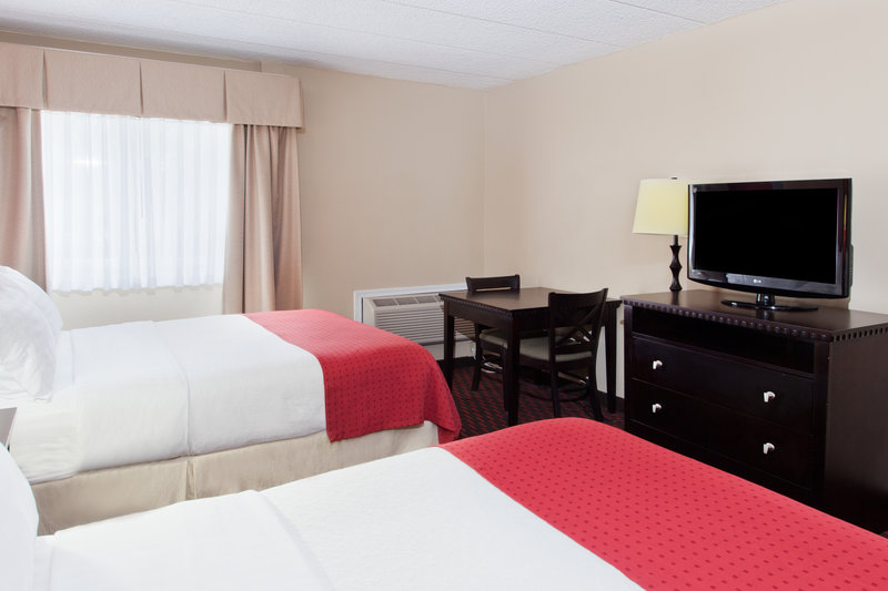 Holiday Inn Dover-Downtown-ADA/Handicapped accessible Two Queen Guest Room<br/>Image from Leonardo