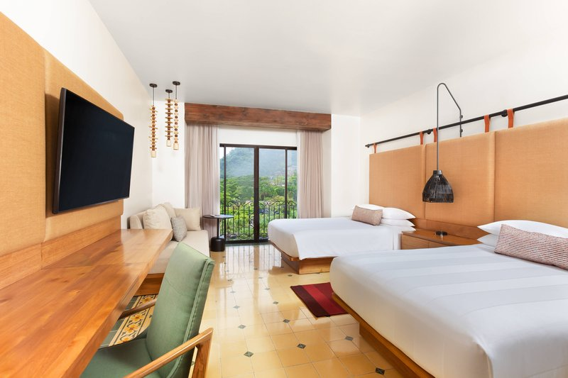 Marriott Los Suenos Ocean & Golf Resort-Double/Double Guest Room - Rainforest View<br/>Image from Leonardo