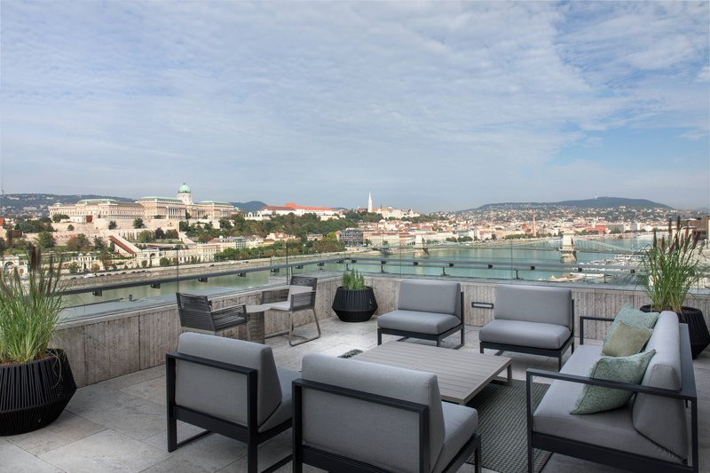 Budapest Marriott Hotel-M Club Lounge - Terrace<br/>Image from Leonardo