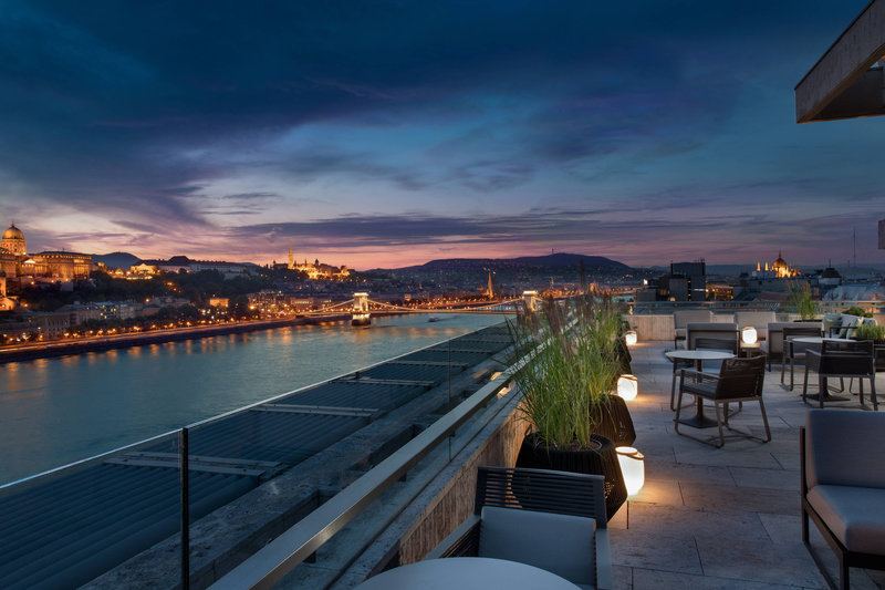 Budapest Marriott Hotel-M Club Lounge - Danube River View<br/>Image from Leonardo