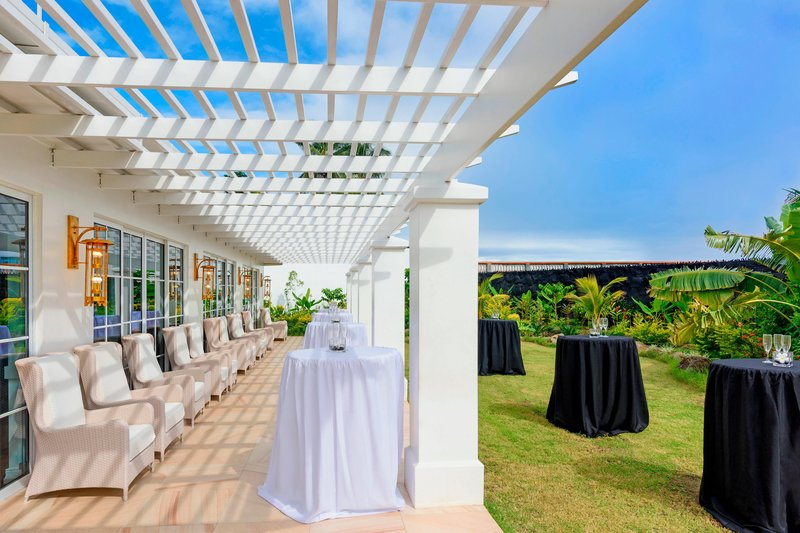 Seabreeze Resort-Club Lounge Courtyard<br/>Image from Leonardo