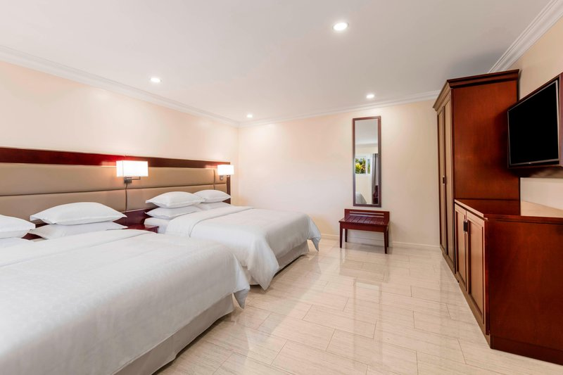 Seabreeze Resort-Double/Double Classic Guest Room<br/>Image from Leonardo