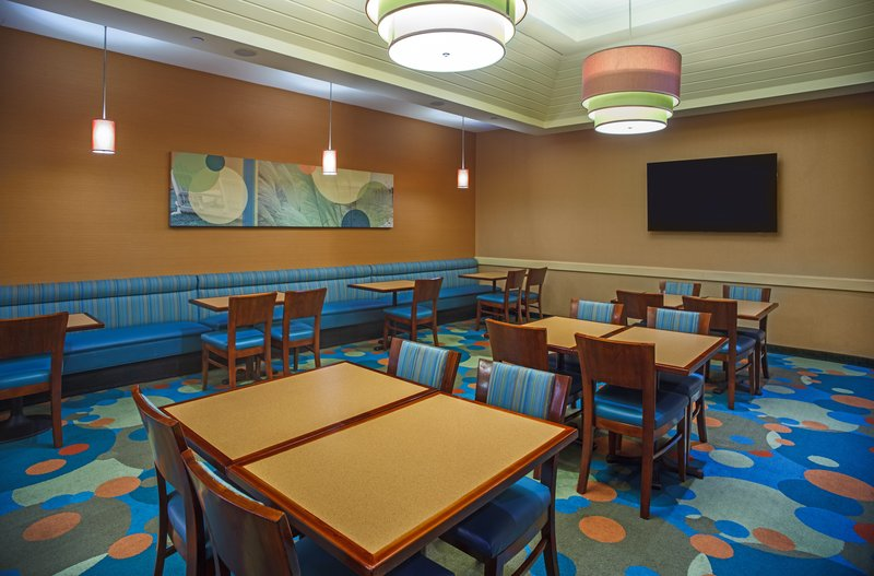 Holiday Inn Express And Suites Virginia Beach Oceanfront-Breakfast Area<br/>Image from Leonardo