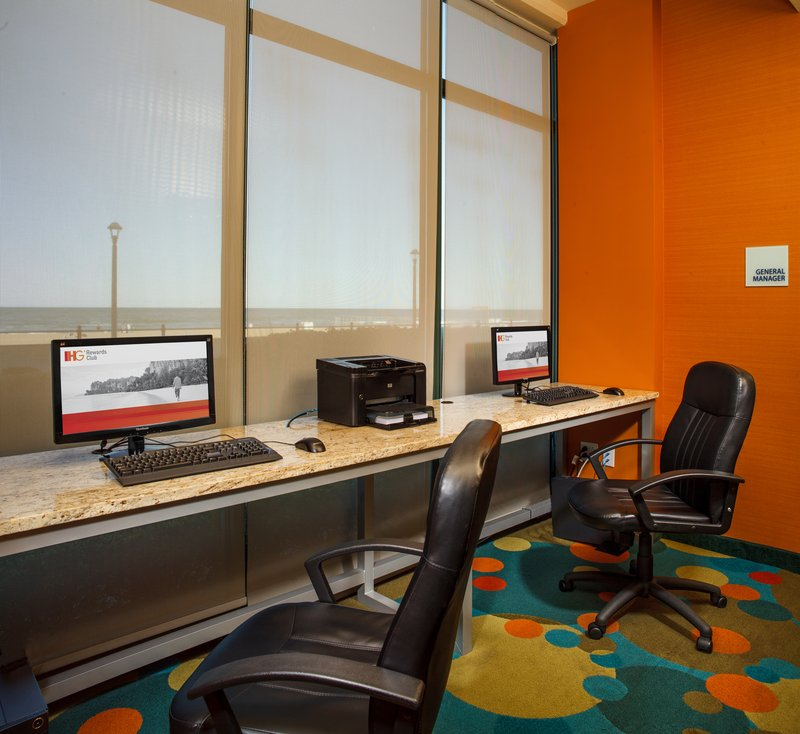 Holiday Inn Express And Suites Virginia Beach Oceanfront-Business Center<br/>Image from Leonardo