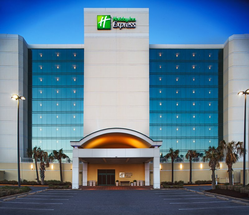 Holiday Inn Express And Suites Virginia Beach Oceanfront-Welcome to Virginia Beach!<br/>Image from Leonardo