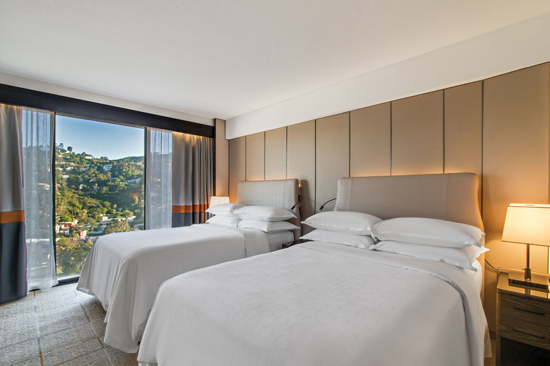 Sheraton Universal Hotel-Double/Double Traditional Guest Room<br/>Image from Leonardo