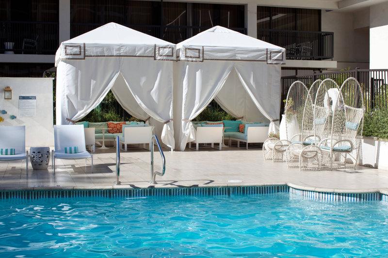 Sheraton Universal Hotel-Outdoor Pool<br/>Image from Leonardo