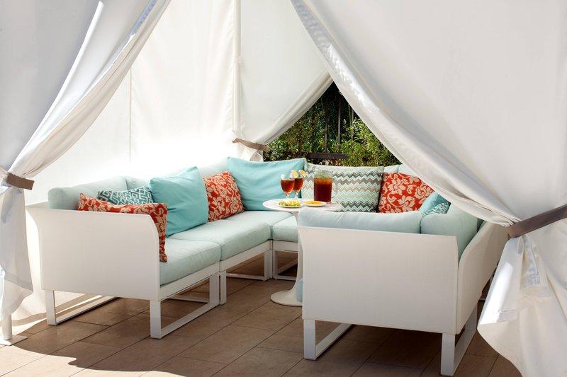Sheraton Universal Hotel-Poolside Cabana<br/>Image from Leonardo