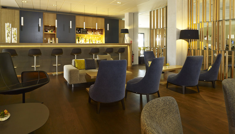 Holiday Inn Express Toulouse Airport-Lounge Bar<br/>Image from Leonardo