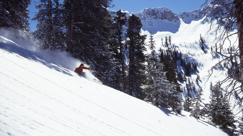 Holiday Inn Express & Suites Salt Lake City - Airport East-World class skiing in Utah seven resorts all within 25 miles <br/>Image from Leonardo