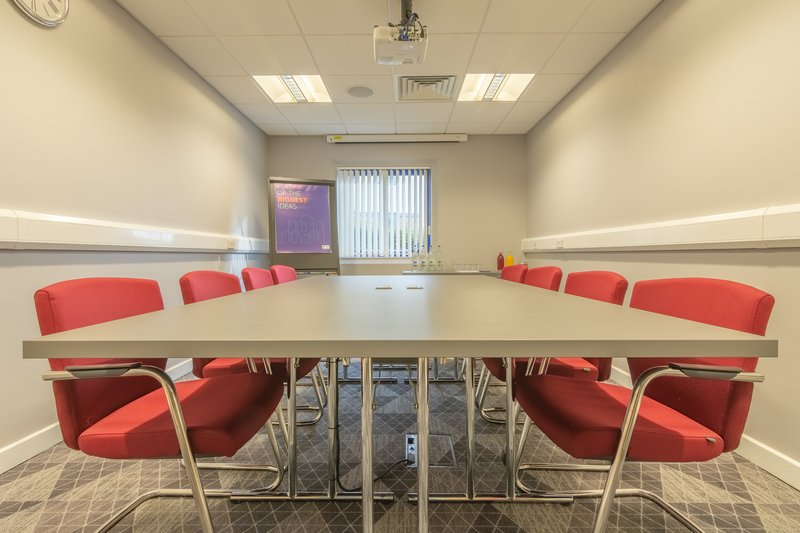 Holiday Inn Express Kettering-Rushton or Wicksteed Suite Boardroom Style<br/>Image from Leonardo