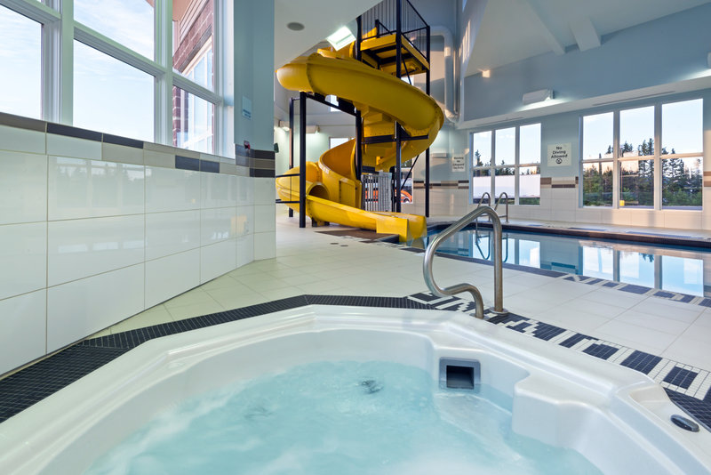 Holiday Inn Express Deer Lake-Whirlpool open from 5:30 am to 11:00 pm<br/>Image from Leonardo