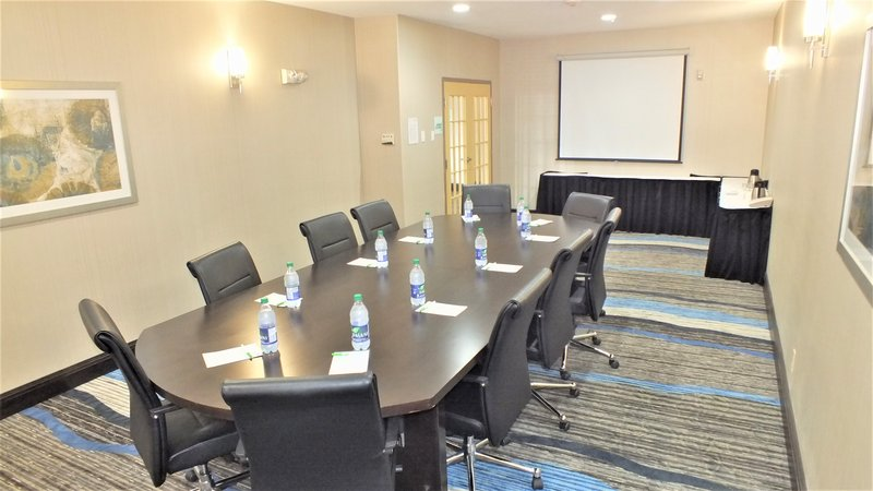 Holiday Inn Hotel & Suites Regina-A beautiful and modern boardroom perfect for your business meeting<br/>Image from Leonardo